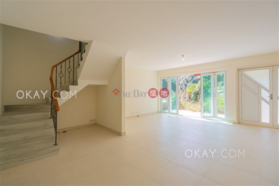 Gorgeous house with rooftop, terrace & balcony   Rental   Lung Mei Village 龍尾 Rental Listings