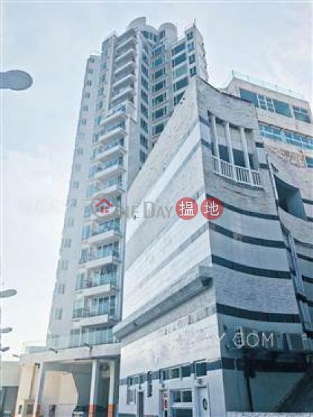 Rare 3 bedroom with balcony & parking | Rental 8 Po Fung Terrace | Tsuen Wan | Hong Kong, Rental | HK$ 33,000/ month