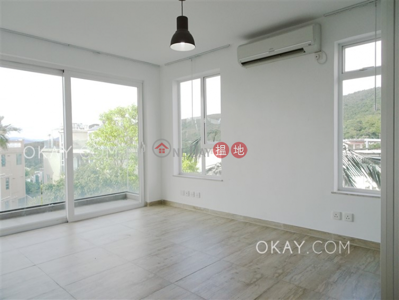 Stylish house with sea views, rooftop & terrace | For Sale | Mau Po Village 茅莆村 Sales Listings