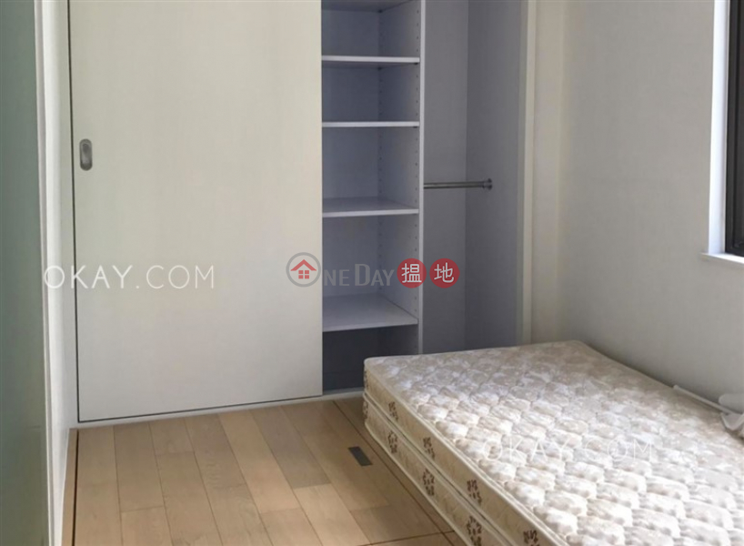 Tasteful high floor in Central | For Sale | Winly Building 永利大廈 Sales Listings
