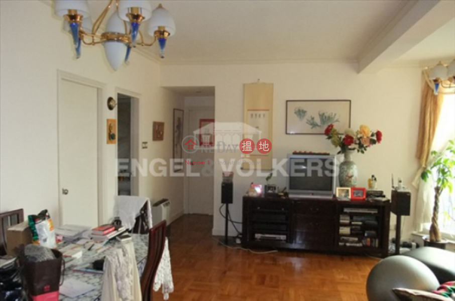 3 Bedroom Family Flat for Sale in Mid Levels - West | 49 Conduit Road | Western District Hong Kong Sales | HK$ 18.5M