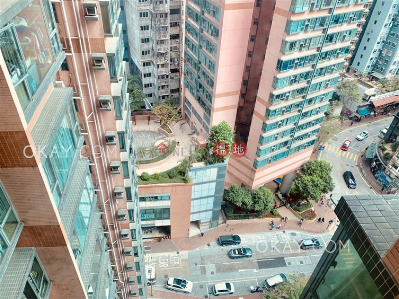 HK$ 12M, Queen\'s Terrace, Western District | Rare 2 bedroom in Sheung Wan | For Sale