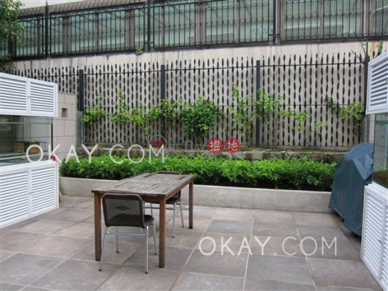Unique house with parking | For Sale, L\'Harmonie 葆琳居 Sales Listings | Southern District (OKAY-S16647)