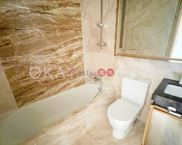 3房2廁,星級會所,露台The Austin出租單位8匯翔道   油尖旺香港出租 HK$ 38,000/ 月
