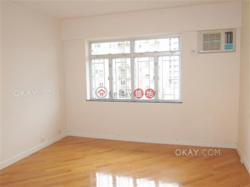 Efficient 4 bedroom with balcony & parking | For Sale | Pearl Gardens 明珠台 Sales Listings