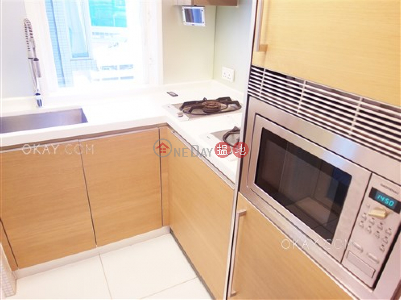 Lovely 3 bedroom on high floor with balcony | Rental | Centrestage 聚賢居 Rental Listings