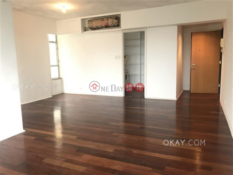 HK$ 60,000/ month, The Rozlyn, Southern District | Efficient 3 bedroom with balcony & parking | Rental