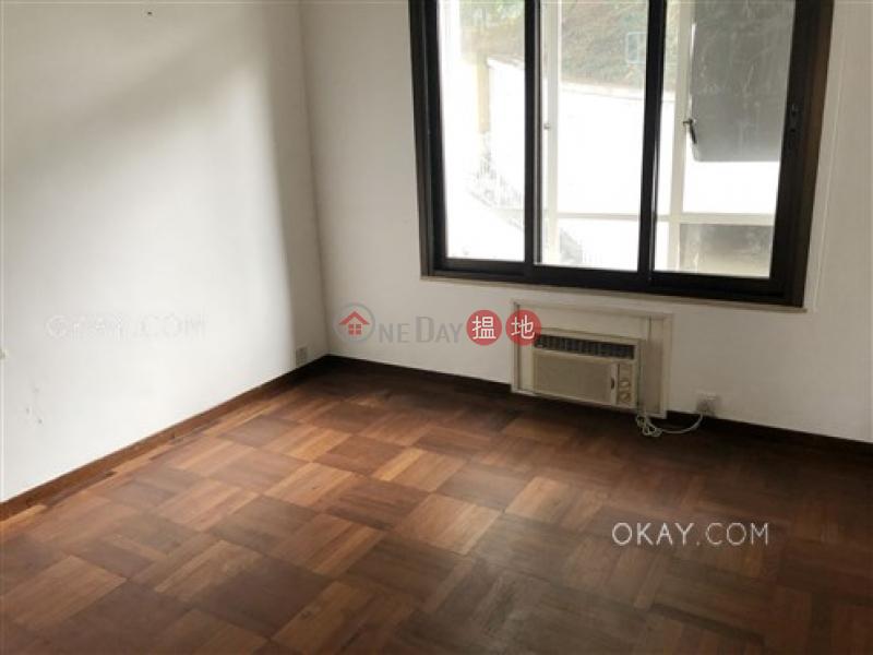 Tasteful 3 bedroom with balcony & parking | Rental | 10-16 Pokfield Road 蒲飛路 10-16 號 Rental Listings