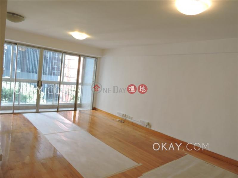 Luxurious 3 bedroom with balcony & parking | Rental | Block 5 Phoenix Court 鳳凰閣 5座 Rental Listings