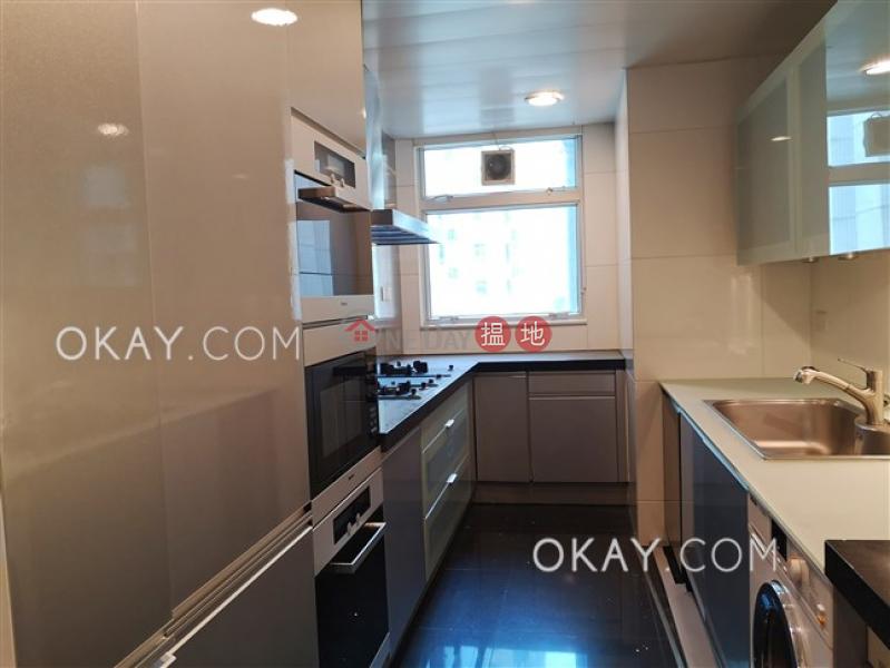 Stylish 4 bedroom with balcony & parking | Rental | The Legend Block 3-5 名門 3-5座 Rental Listings