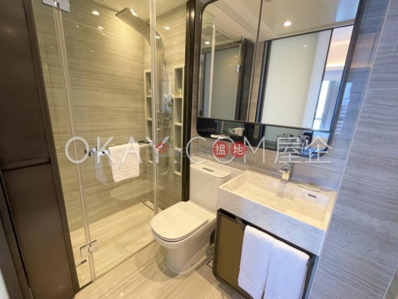 1房1廁,實用率高,星級會所,露台本舍出租單位18堅道   西區香港 出租HK$ 33,000/ 月