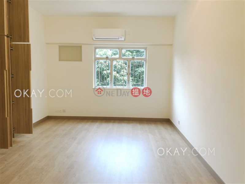 Unique 3 bedroom with balcony & parking | Rental | The Dahfuldy 大夫第 Rental Listings