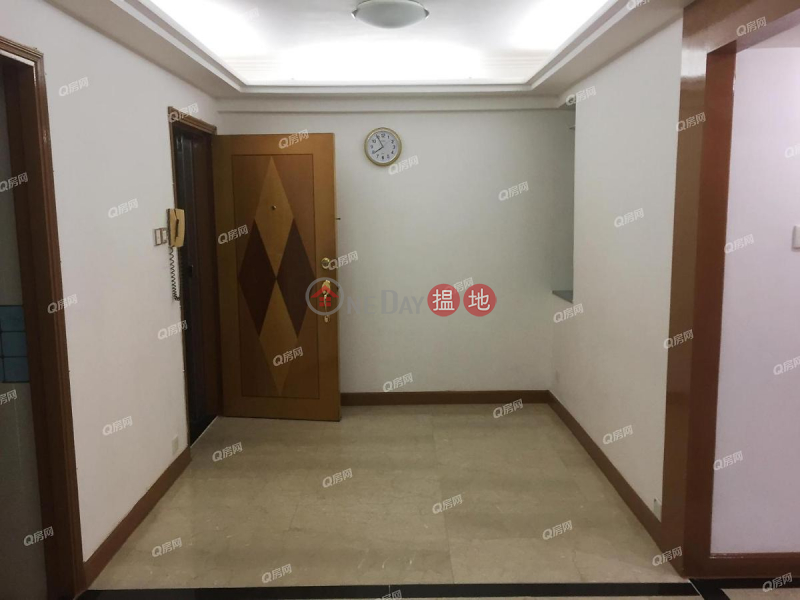 Property Search Hong Kong | OneDay | Residential | Rental Listings, Kong Shing Court (Block F) Aberdeen Centre | 2 bedroom Low Floor Flat for Rent