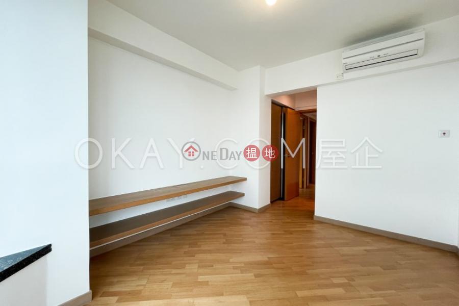 HK$ 49,000/ 月羅便臣道80號西區3房2廁,極高層,星級會所羅便臣道80號出租單位