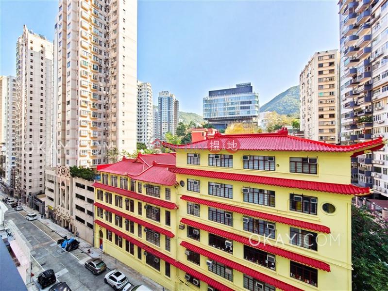 2房2廁,實用率高,星級會所,露台Resiglow出租單位-7A山光道   灣仔區香港 出租 HK$ 40,000/ 月