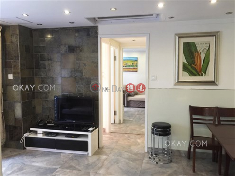 HK$ 26,800/ month | Chong Hing Building, Wan Chai District Generous 3 bedroom with balcony | Rental