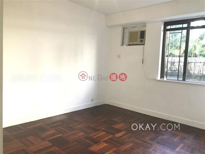 Nicely kept 3 bedroom with balcony & parking | Rental | Armagna Court 蘭香閣 Rental Listings