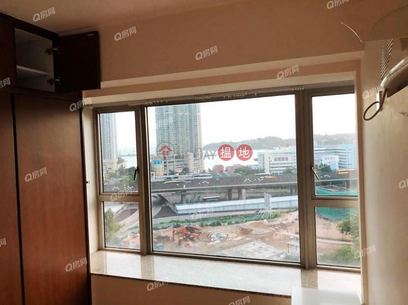 HK$ 28,000/ 月君匯港6座油尖旺-景觀開揚 交通方便 間格實用《君匯港6座租盤》