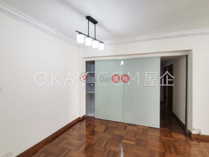 HK$ 36,000/ month Jade Court   Wan Chai District   Gorgeous 3 bedroom on high floor with parking   Rental