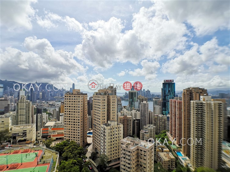 Nicely kept 3 bedroom with balcony & parking | For Sale | Seaview Garden 海景台 Sales Listings