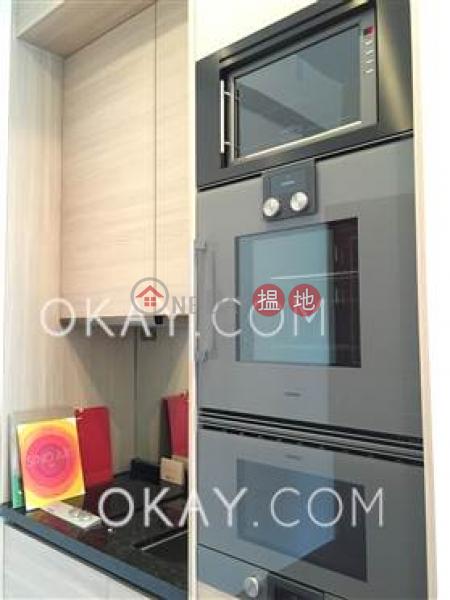HK$ 30,000/ 月囍匯 2座-灣仔區 2房1廁,極高層,露台囍匯 2座出租單位