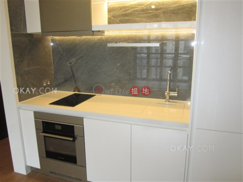 HK$ 45,000/ month, Resiglow Wan Chai District | Nicely kept 2 bedroom with balcony | Rental