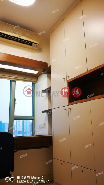The Victoria Towers | 3 bedroom Low Floor Flat for Rent | 188 Canton Road | Yau Tsim Mong, Hong Kong | Rental | HK$ 43,000/ month