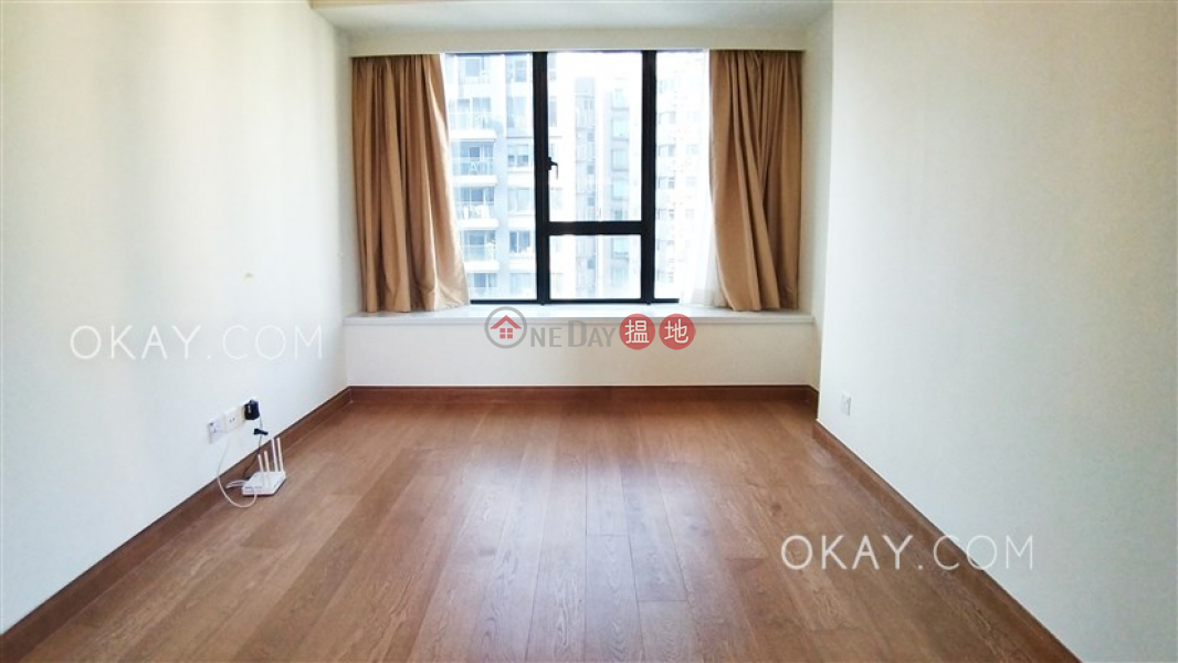 HK$ 42,000/ month | Resiglow | Wan Chai District | Gorgeous 2 bedroom on high floor with balcony | Rental