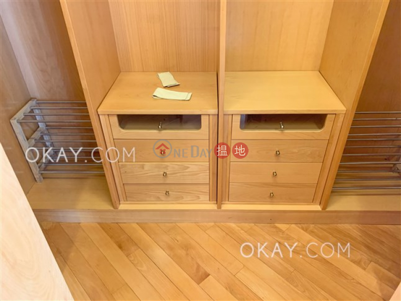 Stylish 2 bedroom in Mid-levels Central | Rental | Fairlane Tower 寶雲山莊 Rental Listings