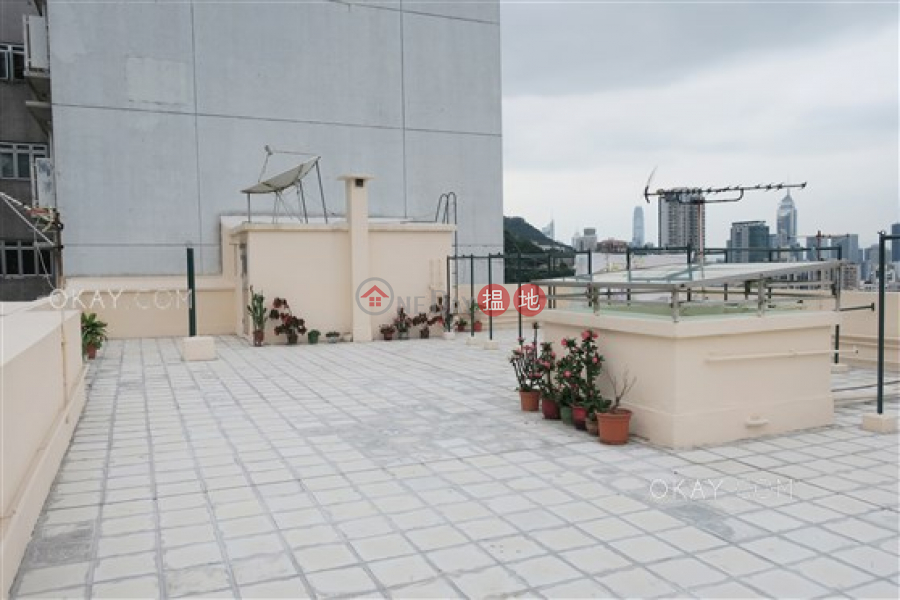 Beautiful 3 bed on high floor with balcony & parking | For Sale | 21-25 Green Lane 箕璉坊21-25號 Sales Listings