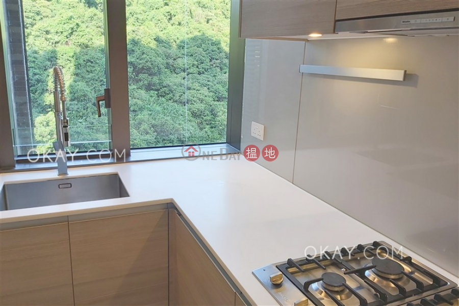 HK$ 20M, Block 5 New Jade Garden, Chai Wan District, Luxurious 3 bedroom with balcony | For Sale