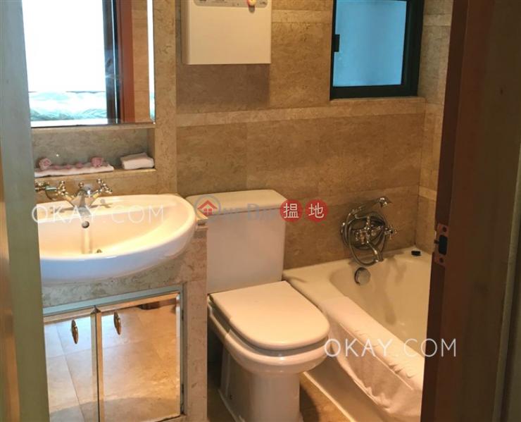 HK$ 29,000/ month Manhattan Heights | Western District, Lovely 1 bedroom in Western District | Rental
