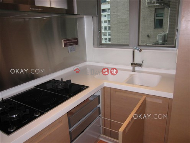 Lovely 2 bedroom with balcony & parking | For Sale | No 31 Robinson Road 羅便臣道31號 Sales Listings