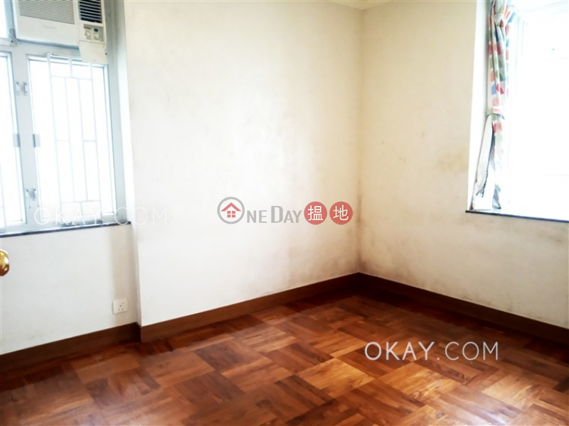 HK$ 31,500/ month | (T-45) Tung Hoi Mansion Kwun Hoi Terrace Taikoo Shing | Eastern District, Charming 3 bedroom in Quarry Bay | Rental