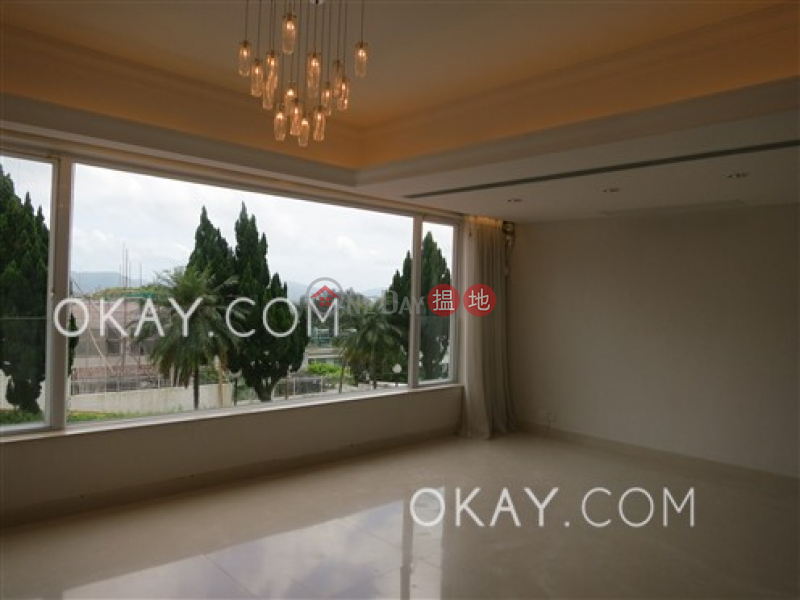 Luxurious house with sea views & parking   For Sale   Las Pinadas 松濤苑 Sales Listings