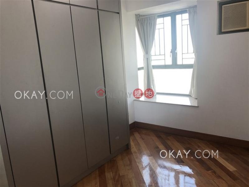 Generous 2 bedroom in Lai Chi Kok | For Sale | Aquamarine Garden Block 2 海慧花園2座 Sales Listings