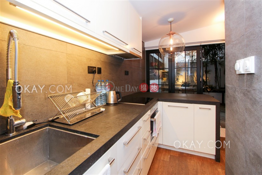 Nicely kept 1 bedroom in Mid-levels West | Rental | 21 Shelley Street, Shelley Court 些利閣 Rental Listings