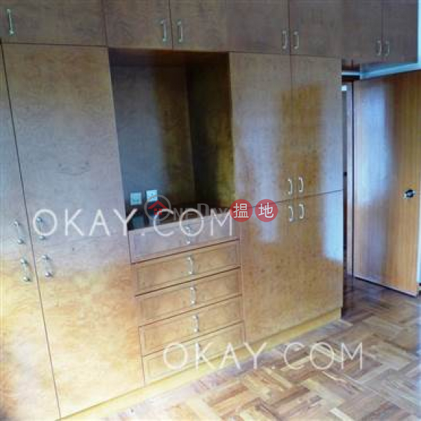 HK$ 68,000/ month Hillsborough Court Central District Gorgeous 3 bedroom with parking | Rental