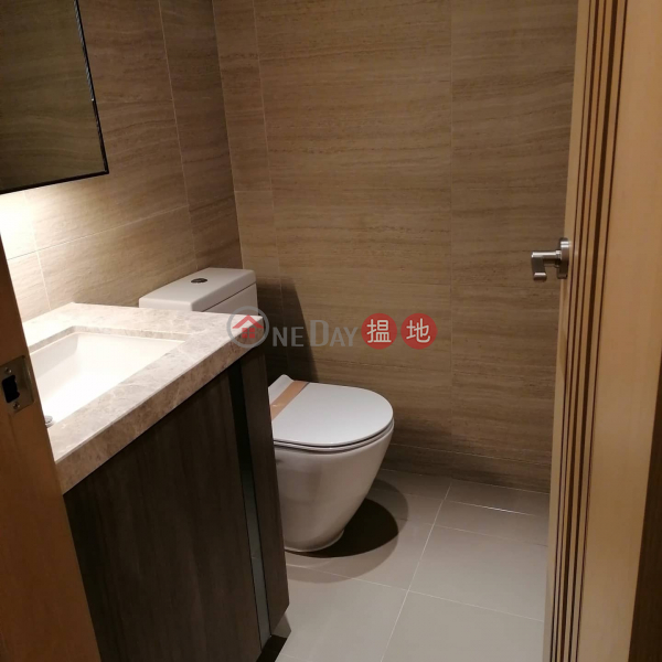 3 bedrooms 2 toilet share 3 lady, Tower 5 Phase 6 LP6 Lohas Park 日出康城6期 LP6 5座 Rental Listings   Sai Kung (Agent-2229823388)