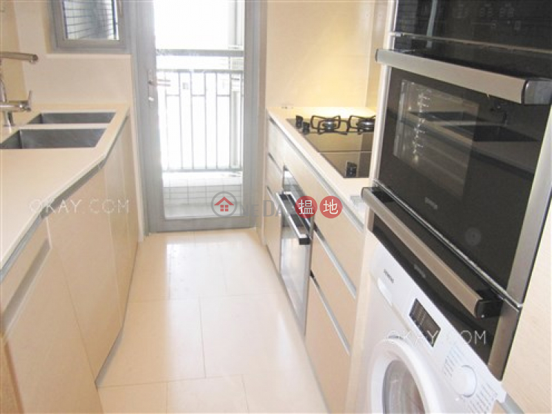 HK$ 46,000/ month, SOHO 189 | Western District Popular 3 bed on high floor with harbour views | Rental