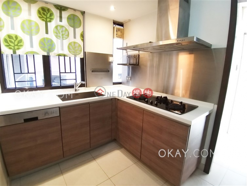 Property Search Hong Kong | OneDay | Residential | Rental Listings | Exquisite 4 bedroom with balcony & parking | Rental