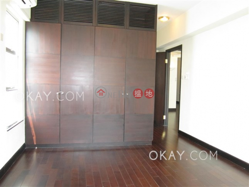 HK$ 55,000/ month, The Regalis Western District, Charming 3 bedroom with parking | Rental