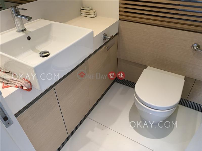 2房1廁,星級會所,可養寵物,露台《聚賢居出租單位》|聚賢居(Centrestage)出租樓盤 (OKAY-R77879)
