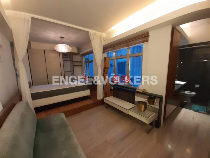 Studio Flat for Rent in Mid Levels West, Woodland Court 福臨閣 Rental Listings | Western District (EVHK97413)