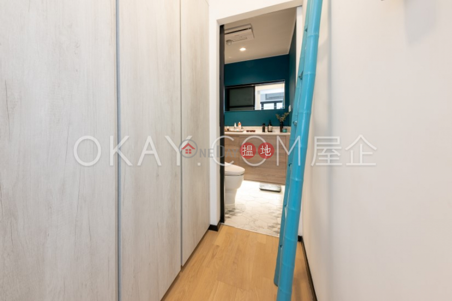 Property Search Hong Kong | OneDay | Residential Sales Listings, Nicely kept 2 bedroom in Sai Ying Pun | For Sale