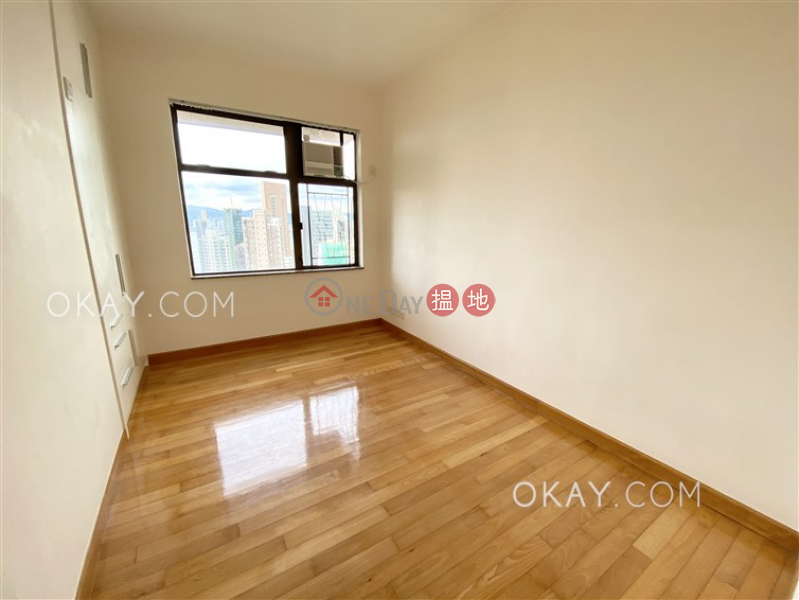 Unique 3 bedroom in Mid-levels West | For Sale | Parkway Court 寶威閣 Sales Listings