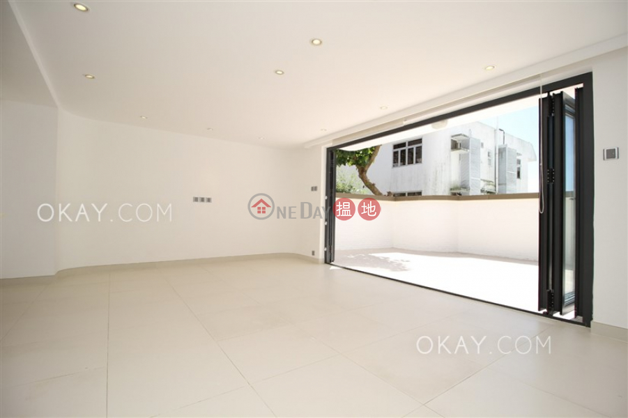 Lovely house with terrace, balcony | For Sale Block 1 Pak Kong AU Road | Sai Kung | Hong Kong | Sales | HK$ 18.8M