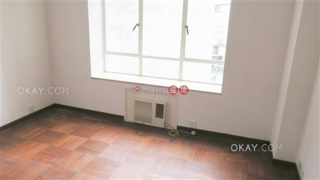 HK$ 38,401/ month 10-16 Pokfield Road | Western District, Gorgeous 2 bedroom with harbour views, balcony | Rental