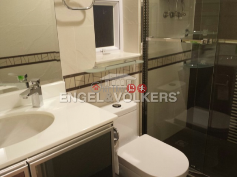 2 Bedroom Flat for Sale in Mid Levels West | 33-35 Robinson Road | Western District, Hong Kong Sales HK$ 10.5M