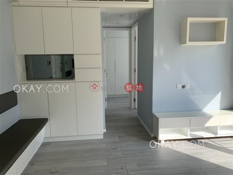 Intimate 2 bedroom with balcony   Rental, Island Crest Tower 1 縉城峰1座 Rental Listings   Western District (OKAY-R89715)